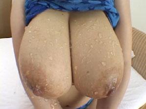 Anna Ohura natural perfect tits